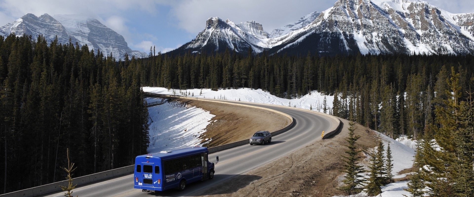 helicopter tour banff with Discover Lake Louise on 5 Day Yellowstone National Park West Grand Canyon Bus Tour Package as well D623 2528TOUR14 further Banff To Jasper moreover Winter Adventures Rockies Non Skiers also Canada Road Trip Ford Kamloops To Banff To Calgary.