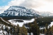Hoodoos winter viewpoint guided tour with Discover Banff Tours