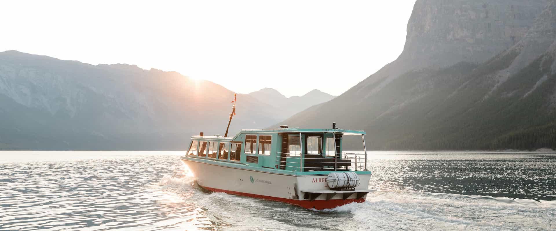 Lake Minnewanka Banff Lake Cruise