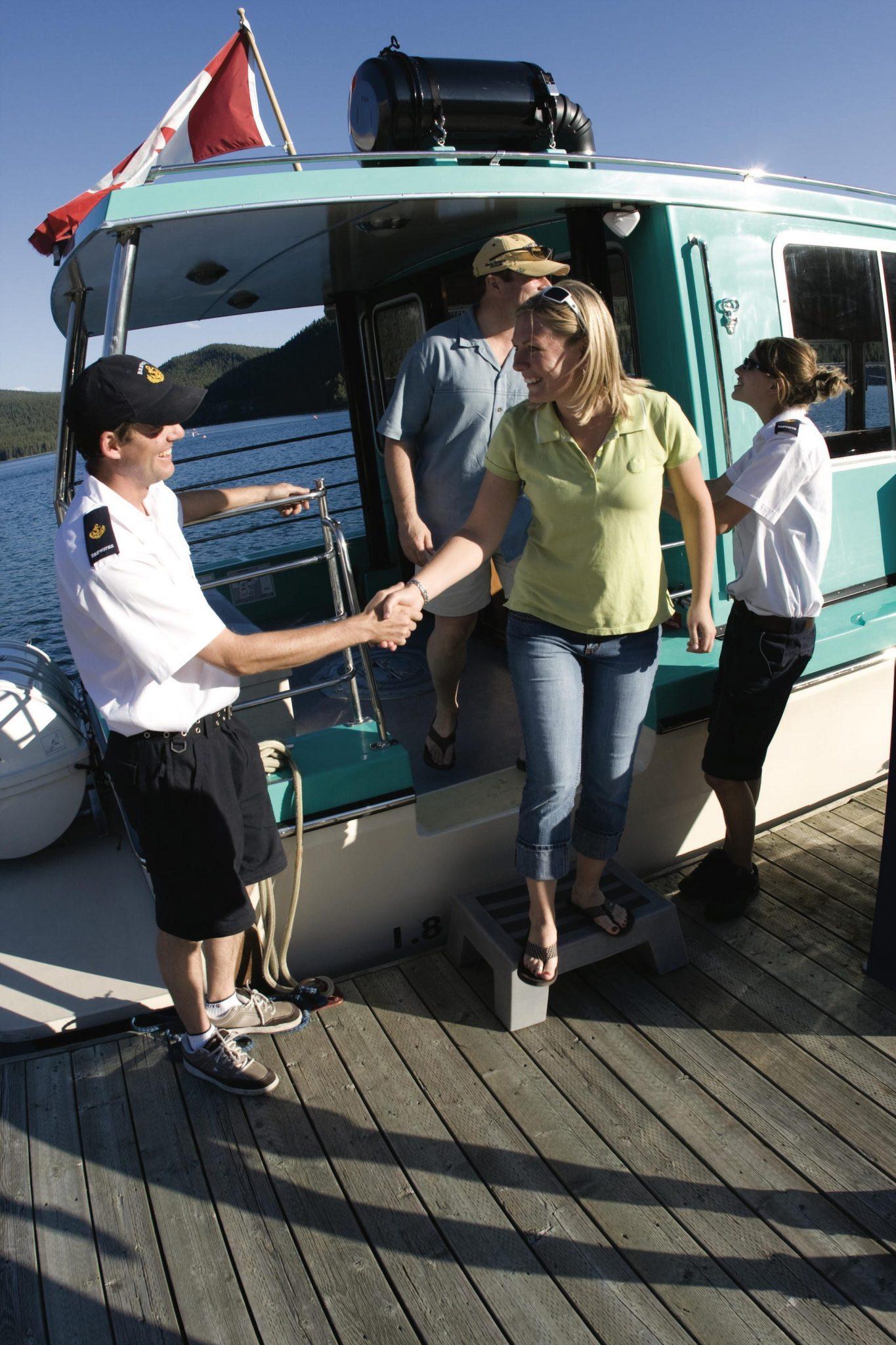 Lake Minnewanka Lake Cruise Boat Tour