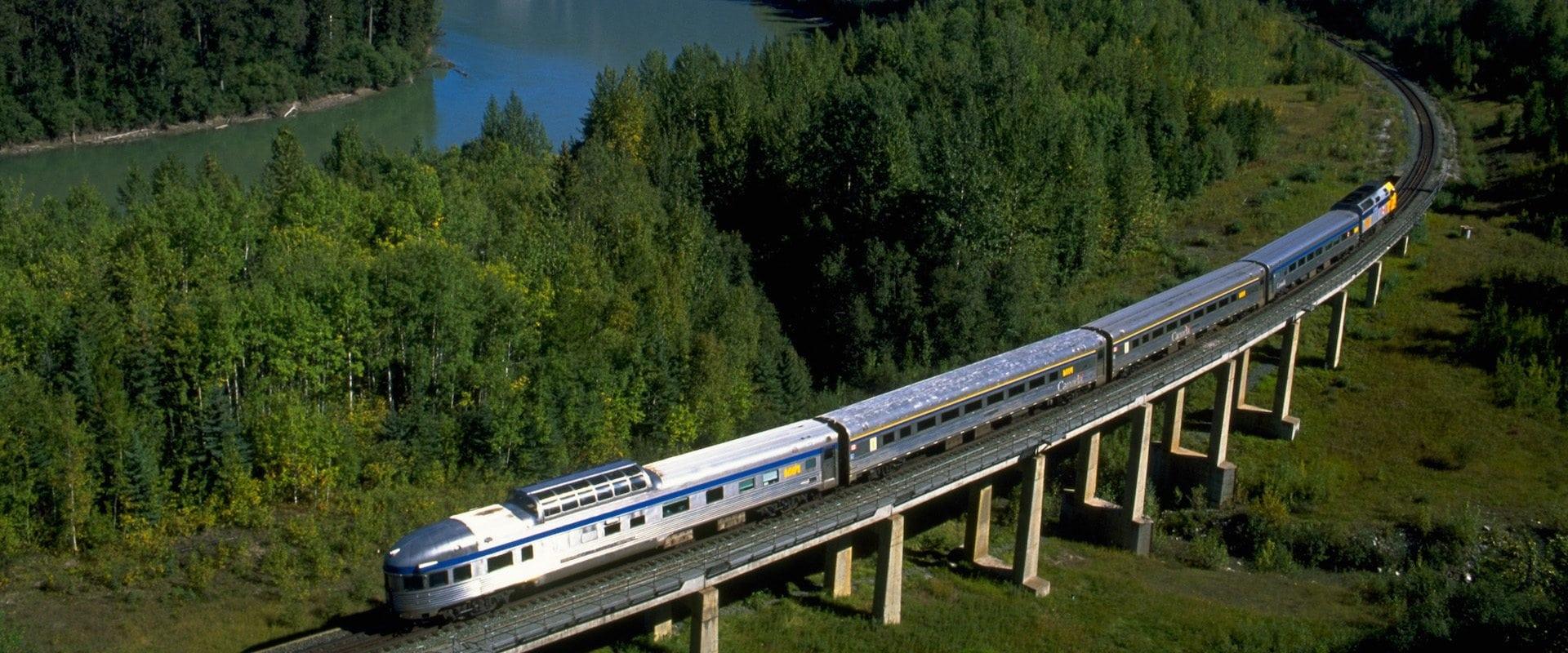 Jasper Sightseeing Train
