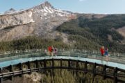 Walk on a glassfloor Glacier Skywalk on the Icefields Parkway Tour