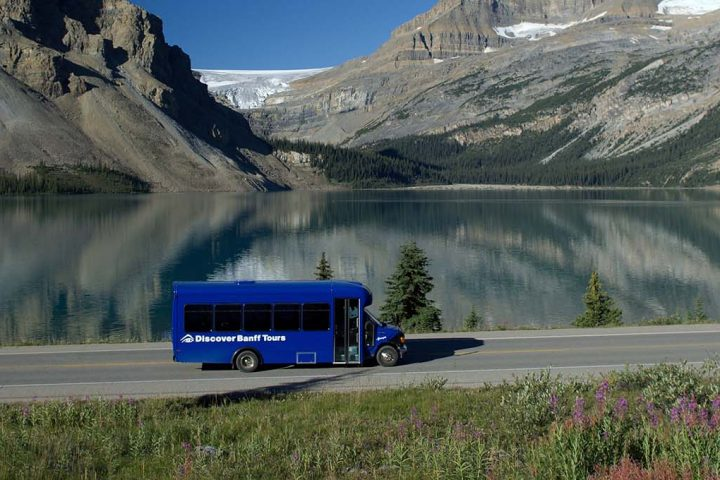 Columbia Icefield Parkway Tour