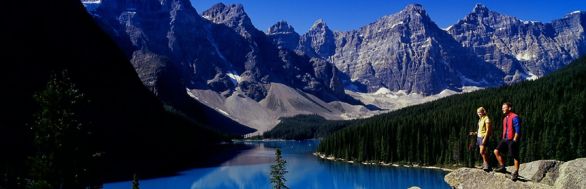 Discover Lake Louise and Moraine Lake Tour