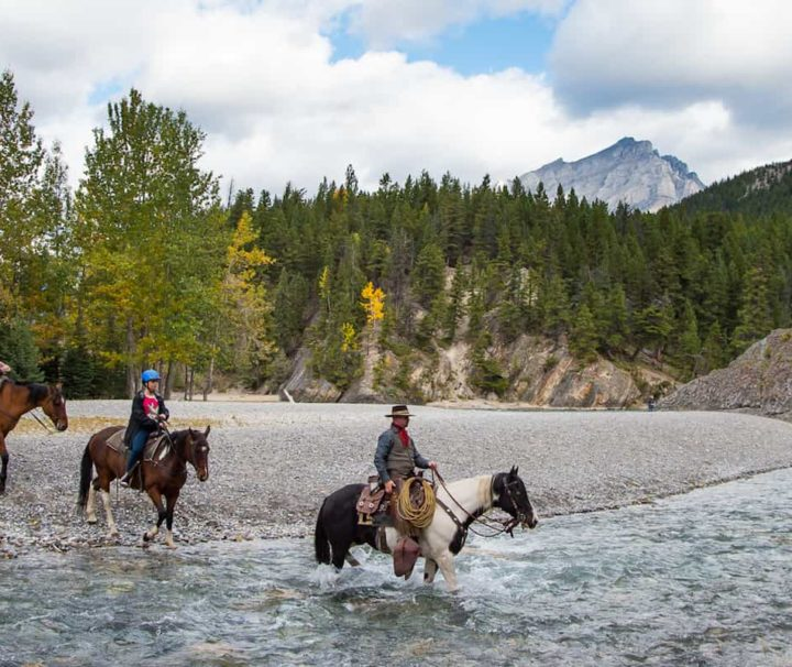 Horseback ride through the Spray River