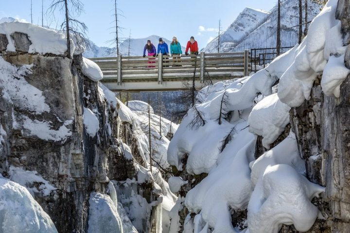 Snowshoeing to Marble Canyon