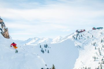 Powder Express Shuttle to Kicking Horse Ski Resort