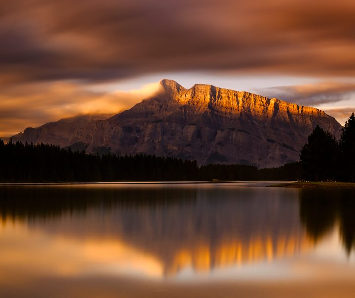 Banff Sunrise Photography Tour at Two Jack Lake