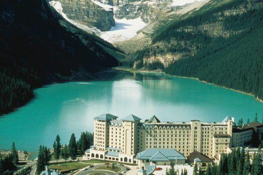 Lake Louise Fairmont Chateau in Summer