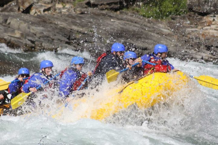 Class 4 rafting rapids fun on the Horseshoe Canyon in the Canadian Rockies
