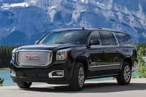 Take a private transfer from Banff in a deluxe SUV vehicle with Discover Banff Tours